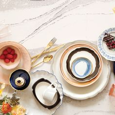 Cambria Style – Trend-Setting Ideas and Inspiration, Kitchen and Bathroom Design Cambria Quartz Countertops, Up In Smoke, Quartz Stone, American Made, Innovation Design, Kitchen Decor, Kitchen Designs, Bathroom, Inspiration