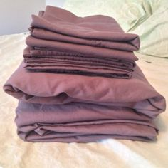 How to Remove Body Oil Stains and Odors from Bed Sheets.  my sheets do seem to have improved some with this method. (some of the discoloration is quite old, and therefore set in). keeping this method.