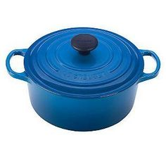 Le Creuset Signature Round Dutch Oven Home - Bloomingdale's Enameled Cast Iron Cookware, Le Creuset Cast Iron, Induction Stove, Cooking Spoon, Slow Cooking, Cast Iron Dutch Oven, Knobs And Handles, Cooking Gadgets, Good Grips