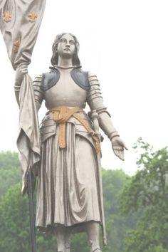 Fontaine Jeanne d'Arc – Midrevaux Catholic Art, Catholic Saints, Patron Saints, Religious Art, Joan D Arc, Saint Joan Of Arc, St Joan, Jeanne D'arc, Joan Of Arc Costume