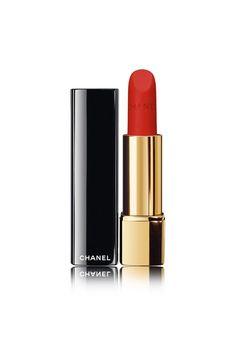 "Poco maquillaje, boca potente: la ""idea Marilyn"" | Vogue España Lip Gloss Colors, Matte Lip Color, Lip Colour, Chanel Lip Gloss, Chanel Lipstick, Matte Lipstick, Natural Lipstick, Liquid Lipstick, Pink Lipstick Shades"