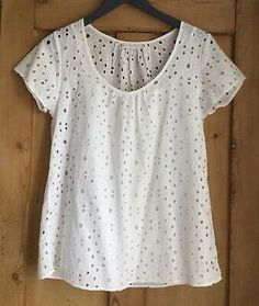 The size stated is the size given in the shoe/boot or item of clothing. Shoulder to hem approx. Gorgeous top, loose fitting and comfortable to wear. The White Company, Composition, Shoe Boots, Size 12, Tee Shirts, Summer Dresses, Shoulder, Lady, Clothing