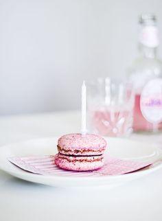 Macaroon, rose lemonade, pink, baby girl birthday | Coffee Table Diary blog