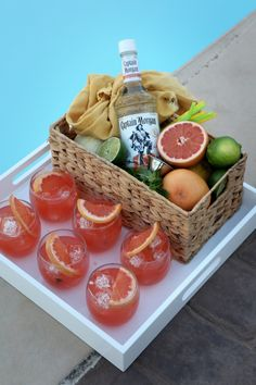 Paloma - yummy cocktail made with grapefruit, rum, and lime juice! Perfect for by the pool!