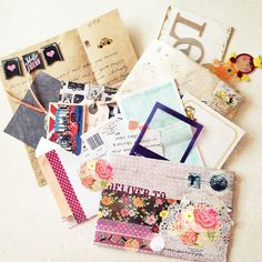 Old Passion rediscovered . the joy of creative snailmail Pen Pal Letters, Pocket Letters, Snail Mail Pen Pals, Paper Cards, 3d Cards, Folded Cards, Calendar Organization, Diy Envelope, Handmade Birthday Cards
