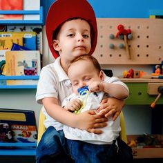 Brothers    #giuvociphoto  Giuseppe Voci Fotografo www.giuseppevoci.it info@giuseppevoci.it   #instamamme #instamamme2 #thewomoms #womoms_kids #mumadvisor #kids #familyphoto #familyphotographer #kids #kidsphoto #kidsphotographer #photographerinrome #fotografodibambini #fotodibambini #bambini #famiglia #pregnancy #pregnancyphotography