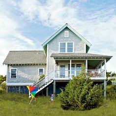 How to Live Large in a Small Space | Cottage 2: Bald Head Island | CoastalLiving.com