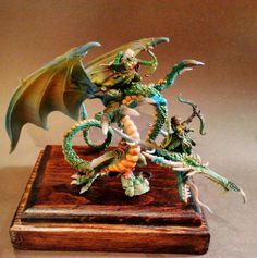 Sis of twilight painted by #Desari miniatures #wood #elves #dragon