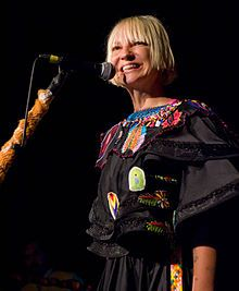 Sia Furler - Wikipedia, the free encyclopedia