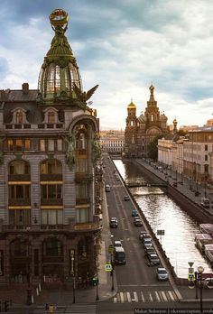 Saint-Petersburg Russia - Architecture and Urban Living - Modern and Historical Buildings - City Planning - Travel Photography Destinations - Amazing Beautiful Places Building Aesthetic, City Aesthetic, Travel Aesthetic, Aesthetic Dark, Aesthetic Grunge, Travel Photography Tumblr, Photography Beach, Places To Travel, Places To Go