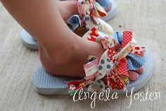 scrappy flip flops and hair bows tutorial