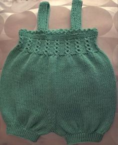 Bilderesultat for ballongbukse Knitting Charts, Baby Knitting Patterns, Knitting Designs, Baby Romper Pattern Free, Balloon Pants, Crochet Bikini, Knit Crochet, Baby Barn, Baby Bloomers