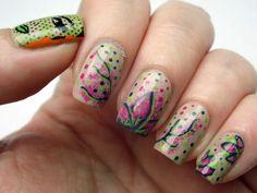 Pretty Green Painting Nails http://www.plustenkapow.co.uk/2015/02/born-pretty-store-nail-art-brush.html