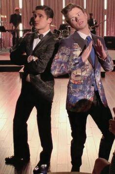 Blaine is wearing the suit Kurt got married in!!!!!!