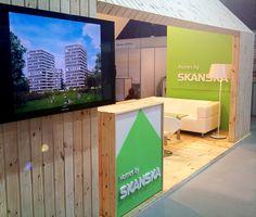 Stanowisko promujące ofertę firmy Skanska.