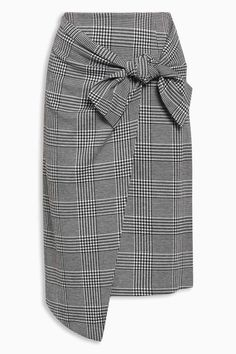 Next Check Tie Skirt at EziBuy New Zealand. Buy women's, men's and kids fashion online. Fast delivery and 30 day returns. Classy Outfits, Stylish Outfits, Cool Outfits, Diy Fashion, Fashion Dresses, Fashion Online, Elegante Y Chic, Tie Skirt, Fall Skirts