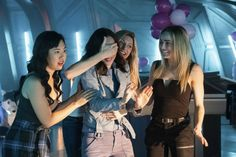 Romeo V. Juliet: Dawn of Justness (Ramona Young) Mona Wu, (Courtney Ford) Nora Darhk, (Jes Macallan) Ava Sharpe, (Caity Lotz) Sara Lance / White Canary © 2020 The CW Network, LLC. All Rights Reserved. Legends Of Tommorow, Dc Legends Of Tomorrow, Grey's Anatomy, Maisie Richardson Sellers, Nick Zano, Jes Macallan, Mick Rory, Ray Palmer, Princesses