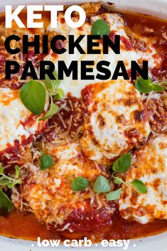 chicken parmesan Easy Keto Chicken Parmesan Recipe - This easy keto chicken dinner recipe is an Italian classic. The breading on this chicken is so delicious. It's made from pork rind Low Carb Crockpot Chicken, Low Carb Chicken Parmesan, Stew Chicken Recipe, Keto Crockpot Recipes, Low Carb Chicken Recipes, Keto Chicken, Pecan Chicken, Crockpot Ideas, Poulet Keto