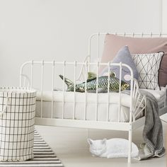 Kids Bedroom Décor that is too cute to handle!  #kidsbedroomdecor #bedroomdecor #fish #cushion #cat #kitten #animalstatue #resin #bedroom #kidsdecor #girlsdecor #boysdecor #unisexdecor #nursery #nurserydecor #babybedroom #babydecor