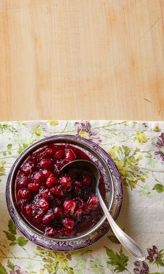 Cranberry-Pomegranate Saucethepioneerwoman Thanksgiving Side Dishes, Thanksgiving Recipes, Holiday Recipes, Thanksgiving 2020, Holiday Meals, Sweet Potato Side Dish, Brown Sugar Pork Chops, Pomegranate Sauce, Brine Recipe