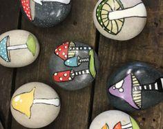 Χέρι Βαμμένο Πέτρες