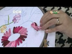 DIY Cojines bordados en cintas girasoles - DIY cushions embroidered ribbons sunflowers - YouTube