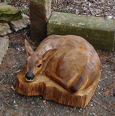 Reh Deer BaerArt Totempfahl Bär Schefflenz Kunst Galerie Künstlerwerkstatt Lachs Bär Fischen Dremel Projects, Wood Carving Patterns, Tree Carving, Outdoor Crafts, Wood Creations, Wooden Art, Animal Sculptures, Wood Sculpture, Chainsaw