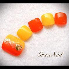 8月キャンペーンデザイン #nail #nailart #naildesign #nailinstagram #ネイル #ネイルアート #ネイルデザイン #ジェルネイル #フットネイル #ペディキュア #オレンジ #イエロー #シェル #gracenailフット #gracenailポップ
