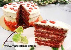 Tarta red velvet o terciopelo rojo en thermomix. Esta deliciosa... y tan roja!!! #thermomix #recetas #postres