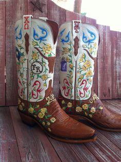 Custom painted boots by Gypsy Bluebird Studio, Comfort, Texas