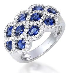 White Gold Gold Blue Sapphire and Diamond Cluster Ring - 18 Kt and Ring Set, Ring Verlobung, Sapphire Jewelry, Diamond Jewelry, Wedding Ring Designs, Wedding Rings, Wholesale Diamonds, Best Engagement Rings, Diamond Cluster Ring