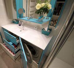 Panier linge dans meuble de salle de bain salle de - Meuble salle de bain avec emplacement machine a laver ...