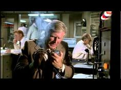 airplane movie blow up autopilot