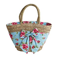 From lunch totes and cosmetics bags to our seagrass market bag all featuring both classic and seasonal Jessie Steele prints. Diy Bag Crafts, Craft Bags, Beach Basket, Diy Tote Bag, Straw Handbags, Creation Couture, Boho Bags, Basket Bag, Denim Bag