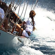 C L A S S I C S A I L I N G Photo by @kurtarrigo #iyachtdesign #sailing #luxwt