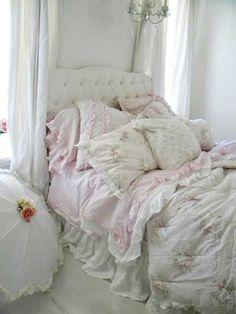 This looks so sleepy dreamy comfy!