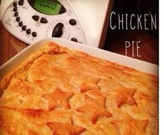 Recipe Thermonat's chicken pie by Thermonats, learn to make this recipe easily in your kitchen machine and discover other Thermomix recipes in Main dishes - meat. Turkey Recipes, Meat Recipes, Chicken Recipes, Cooking Recipes, Dinner Recipes, Quiches, Chicken And Leek Pie, Savoury Baking, Thermomix