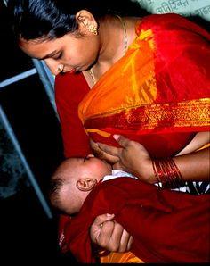 Hype-free breastfeeding around the world | BabyCenter Blog