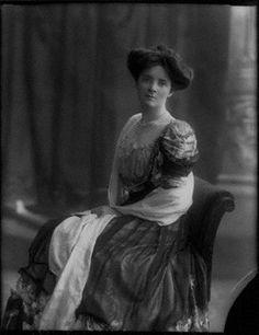 Adeline Verena Ishbel Villiers (née Cocks), Countess of Clarendon. Parents, Blanche Clogstoun and Herbert Haldane Somers Cocks.