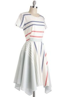 A Seashore Thing Dress, #ModCloth. so simple but so pretty