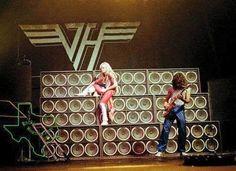 Music Pics, Music Photo, Music Stuff, Alex Van Halen, Eddie Van Halen, Van Halen Lyrics, Rock N Roll, Van Halen 5150, Famous Guitars