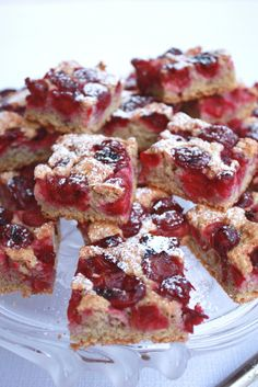 <3 Hungarian water-sponge cake with sour cherry and Graham flour