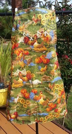 Lovely Farm Apron  Sunflowers and Chickens by #SimpleEmbroiderySew