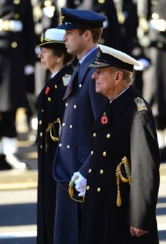 (L-R) Anne, The Princess Royal, Prince William, Duke of Cambridge, Prince Philip,  Duke of Edinburgh attend the Remembrance Sunday service at the Cenotaph, Whitehall, 10.11.13