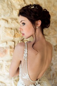 Helen & sienna bridal -This vintage inspired sparkly trio Bobbies are handmade and hand knitted from Swarovski crystals beads and glass beads for a glamorous but yet delicate look