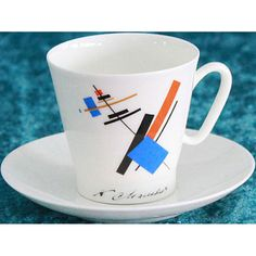 Espressokopp med målning av K. Malevich