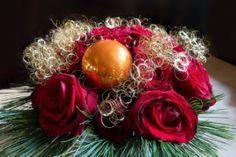 Vánoční dekorace na stůl Christmas Wreaths, Holiday Decor, Home Decor, Decoration Home, Room Decor, Home Interior Design, Home Decoration, Interior Design