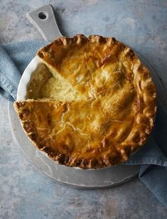 secret to a good cheese and onion pie is simplicity. No herbs, no potatoes. just cheese and onion Cheese And Potato Pie, Cheese And Onion Pasty, Cheese Pies, Cheese Crisps, Pastry Recipes, Pie Recipes, Cooking Recipes, Recipes Dinner, Cheese Pie Recipe