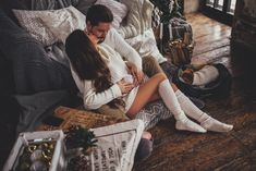 66 ideas for baby love picture photoshoot Cute Couples Goals, Couples In Love, Romantic Couples, Couple Goals, Maternity Photography Poses, Maternity Session, Couple Photography, Cute Maternity Outfits, Maternity Pictures