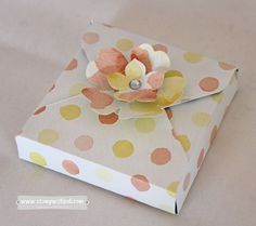 Learn how to make this sweet little box with the Envelope Punch Board! Learn how to make this sweet little box with the Envelope Punch Board! Envelope Punch Board Projects, Envelope Maker, Craft Box, Card Envelopes, Little Boxes, Card Tutorials, Stamping Up, Cardmaking, Paper Crafts